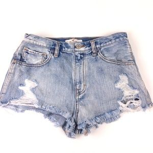 Hollister High Rise Shorts Size 28